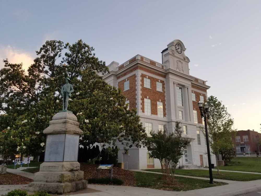 Courthouse in Lewisburg, Tennessee